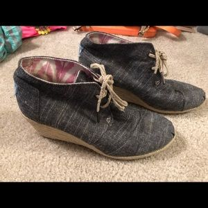 BRAND NEW TOMS Espadrille Boot Wedges